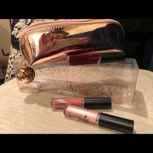 NWT MAC Snow Ball Mini Lip Gloss Kit